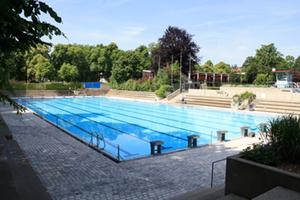 Sanierung des Sportbeckens